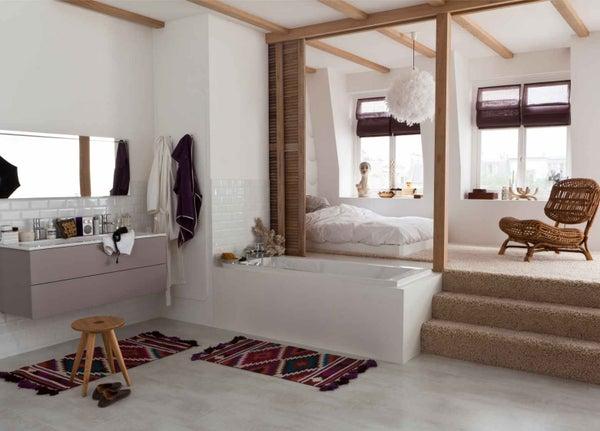 tout savoir sur la salle de bains ouverte sur la chambre leroy merlin. Black Bedroom Furniture Sets. Home Design Ideas