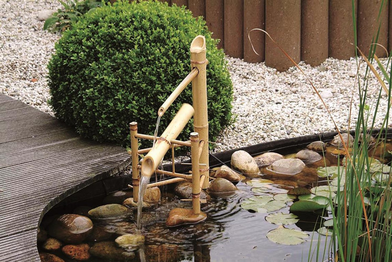 Bassin Fontaine De Jardin une cascade en bambou pour animer un bassin | leroy merlin
