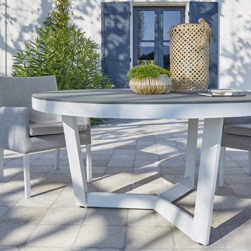 Salon de jardin table et chaise mobilier de jardin - Salon detente jardin ...