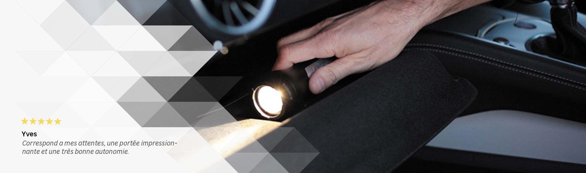 Composition Luminaire Lampe Torche Et Pile Electricite