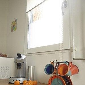 fen tre porte d 39 entr e porte de garage store banne menuiserie ext rieure leroy merlin. Black Bedroom Furniture Sets. Home Design Ideas
