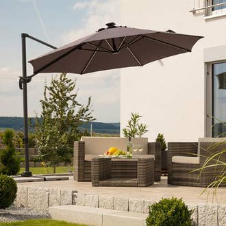 parasol tonnelle pergola voile d 39 ombrage leroy merlin. Black Bedroom Furniture Sets. Home Design Ideas