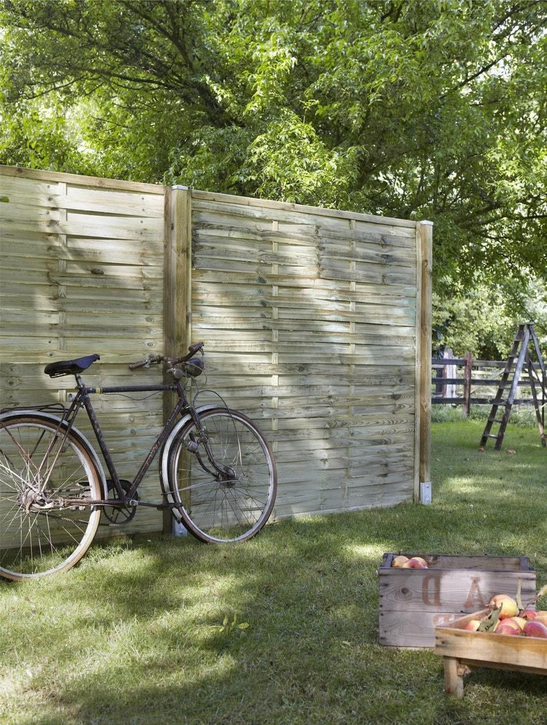 un panneau droit pour cl turer des espaces dans le jardin leroy merlin. Black Bedroom Furniture Sets. Home Design Ideas