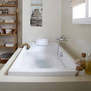 Baignoire salle de bains leroy merlin for Salle de bain baignoire