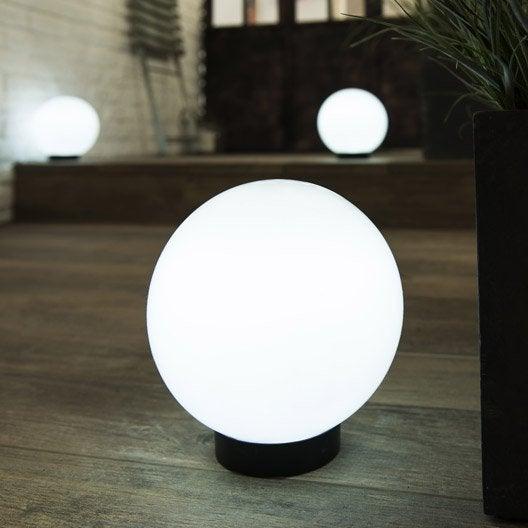 Boule solaire melao blanc inspire leroy merlin for Eclairage exterieur solaire boule